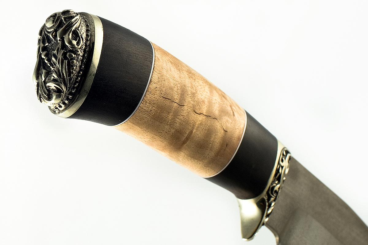 Нож Барсук-3 сталь литой булат граб и карельская берёза