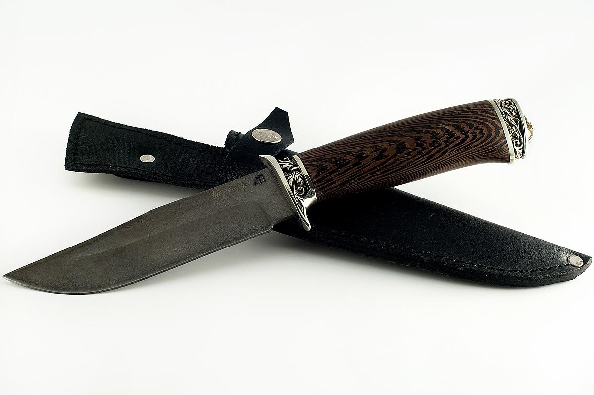 Нож Охотник-3 сталь литой булат венге