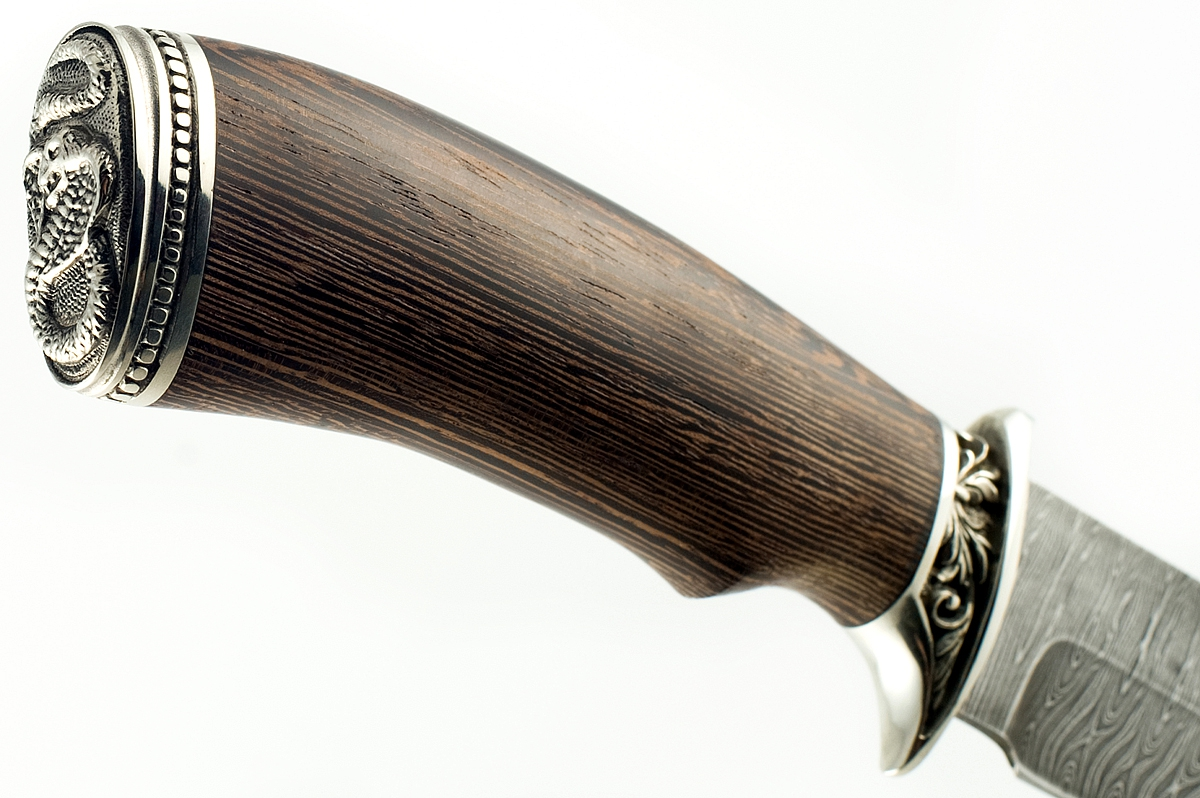 Нож Охотник-7 сталь дамаск венге